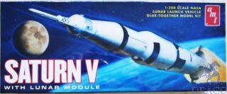 Saturn V with Lunar Module 1/200 [AMT]