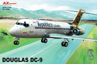 Douglas DC-9 1/144 [AZmodel]
