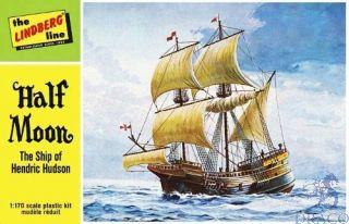 Half Moon Sailing Ship 1/200 [Lindberg]