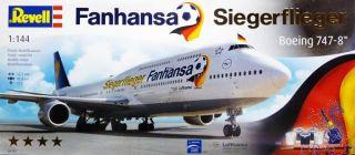 Boeing 747-8 - Fanhansa Siegergflieger Gift Set 1/144 [Revell]