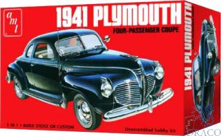 1941 Plymouth Four-Passenger Coupe 1/25 [AMT]