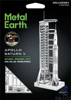 Apollo Saturn V with Gantry [Metal Earth: Space]