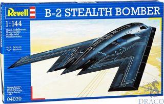 B-2 Stealth Bomber 1/144 [Revell]