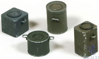 Vallejo Diorama Accessories 224: WWII German Food Containers (4 pcs.) 1/35